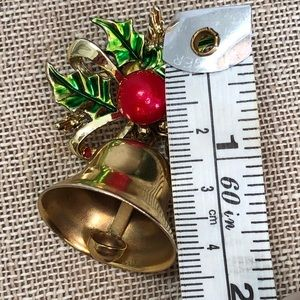 Vintage Jewelry - Gerry's Vintage Christmas Bell Brooch